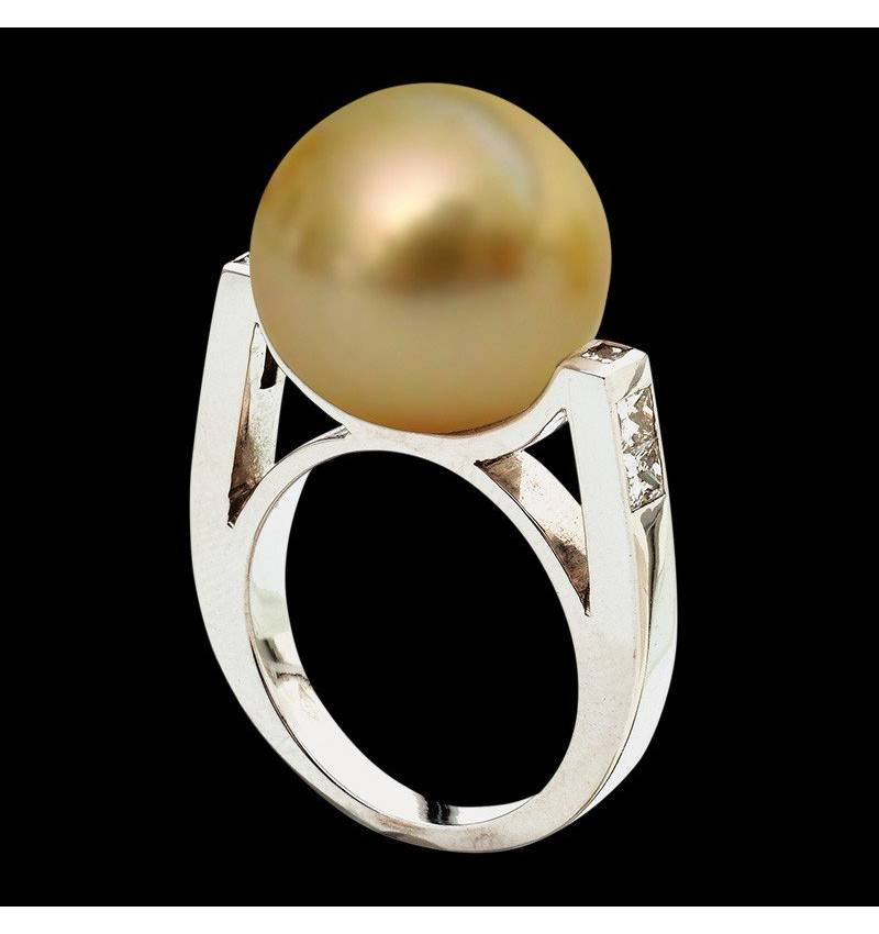 Gold Pearl Engagement Rings Diamond Paving White Gold  Princesse Bora Bora