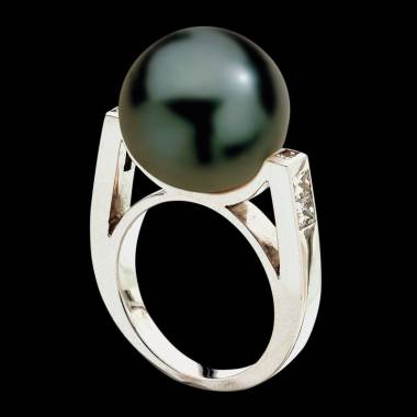 Black Pearl Engagement Ring White Gold Princesse Bora Bora