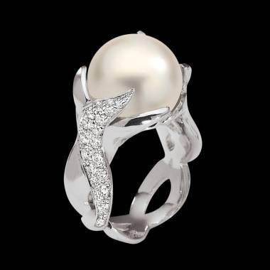 White Pearl Engagement Ring White Gold Naïade