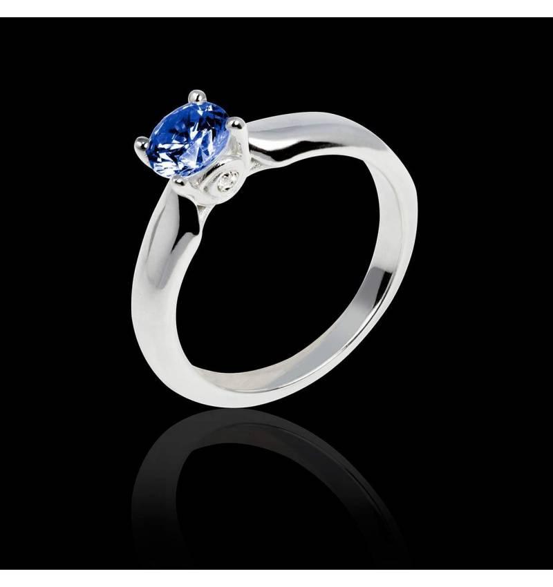 Blue sapphire engagement ring white gold Motherhood