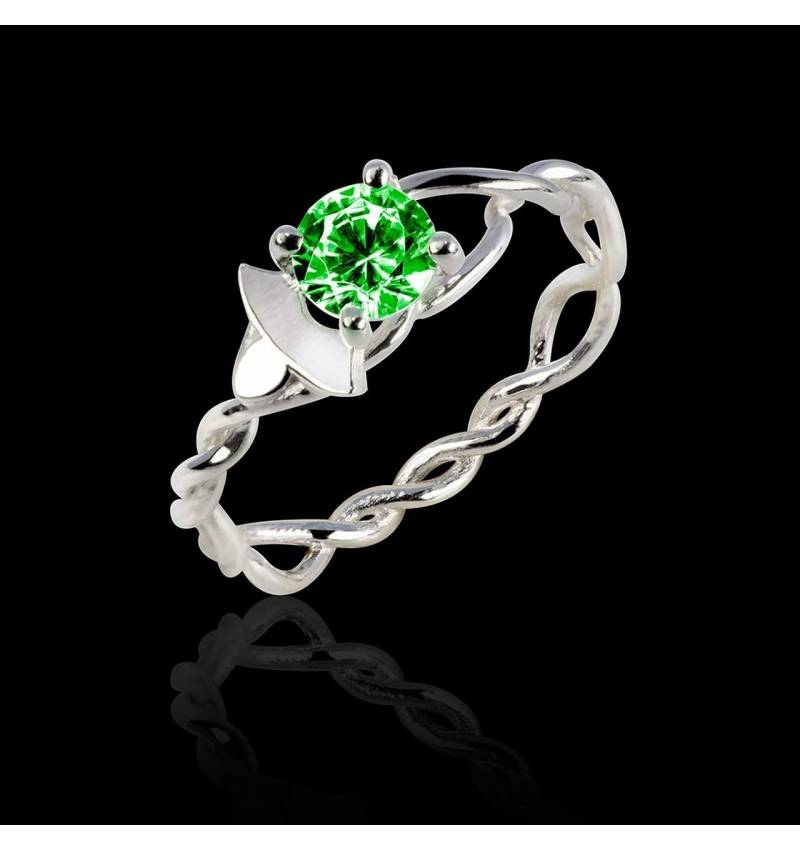 Emerald Engagement Ring White Gold Vigne
