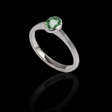Oval emerald engagement ring white gold Moon solo