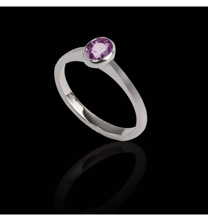 Oval pink sapphire engagement ring white gold Moon Solo
