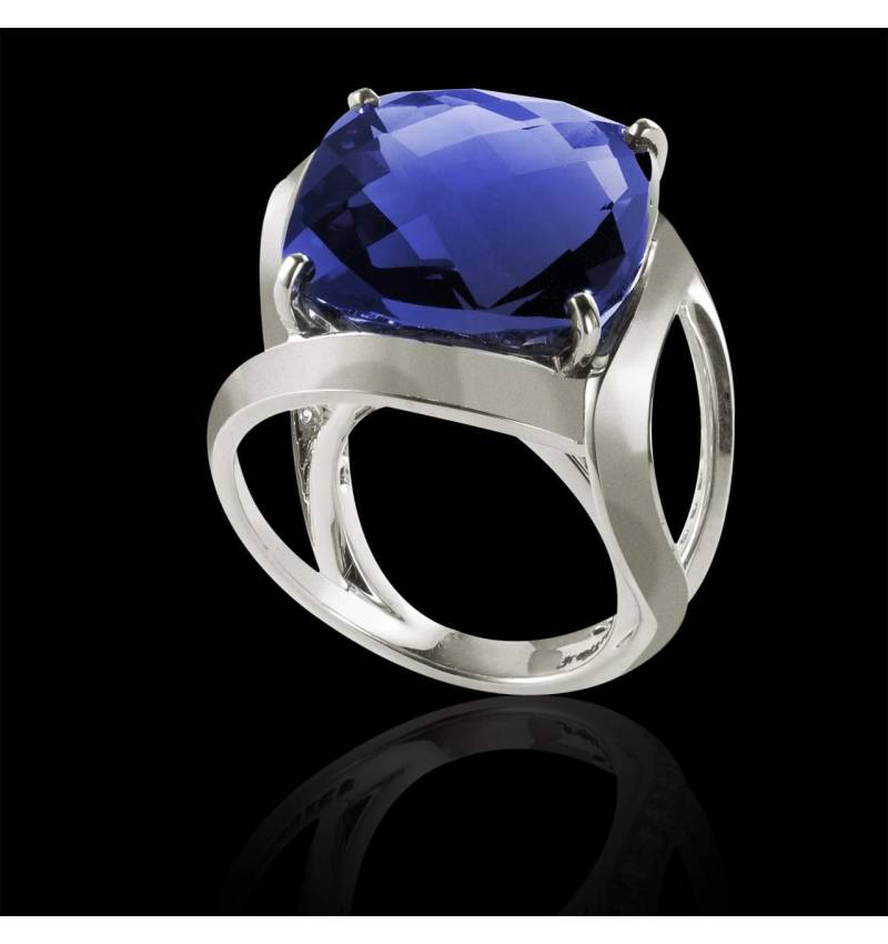 Blue Sapphire Engagement Ring White Gold Future Solo