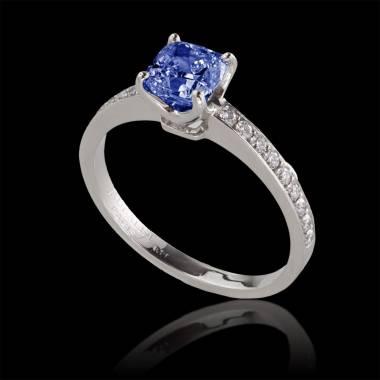 Blue sapphire engagement ring diamond paving white gold Sandy
