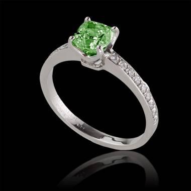 Emerald engagement ring diamond paving white gold Sandy