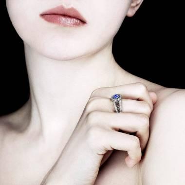 Blue Sapphire Engagement Ring Diamond Paving White Gold Tsarine