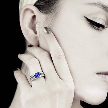 Blue Sapphire Engagement Ring Diamond Paving White Gold Isabelle