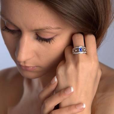 Blue Sapphire Engagement Ring White Gold Regina Suprema