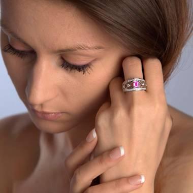 Pink Sapphire Engagement Ring White Gold Regina Suprema