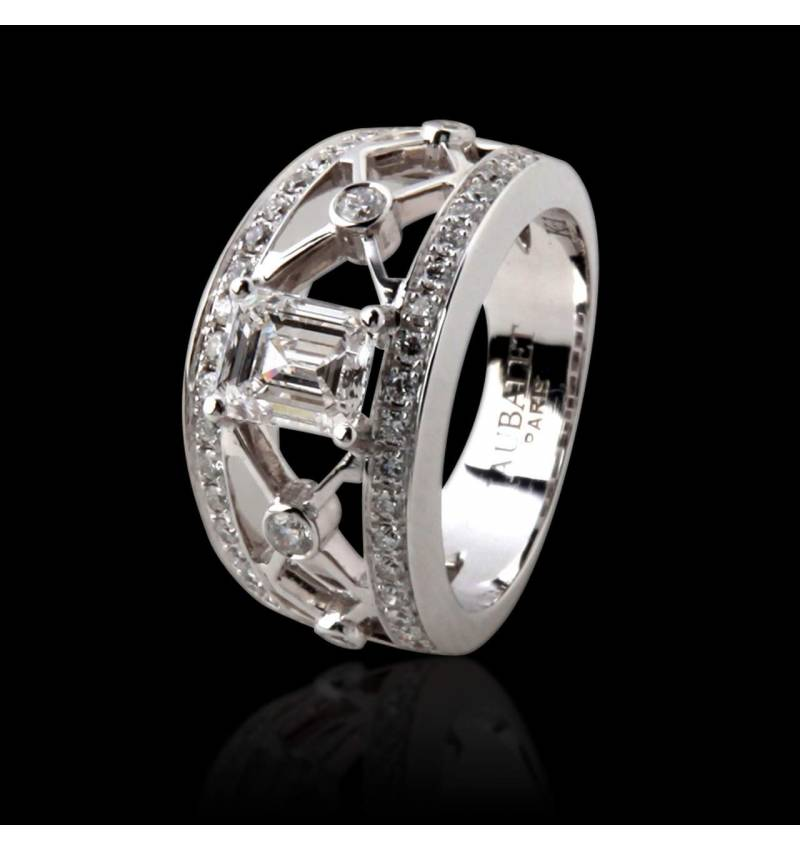Diamond Engagement Ring White Gold Regina Suprema
