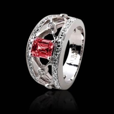 Emerald Engagement Ring White Gold Regina Suprema