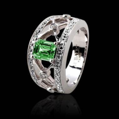 Emerald Engagement Ring White Gold Regina Suprema