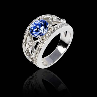 Blue Sapphire Engagement Ring White Gold Round Regina Suprema