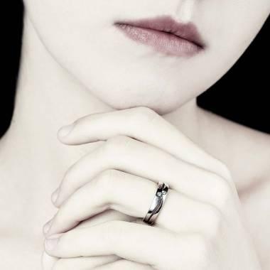Etoiles Filantes Diamond Wedding Band Platinium