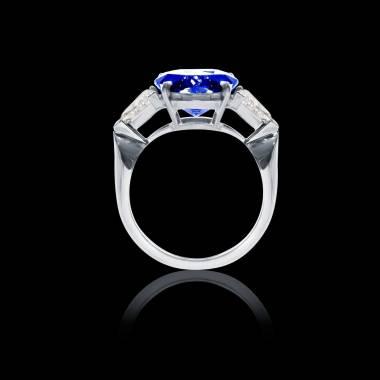 Blue sapphire ring Stephanie