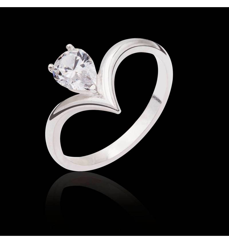 Flavie solo Diamond Ring