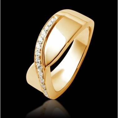 Eternelle Diamond Wedding Band Yellow Gold