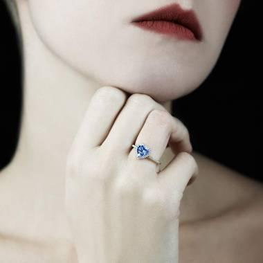 Anya Blue Sapphire Ring