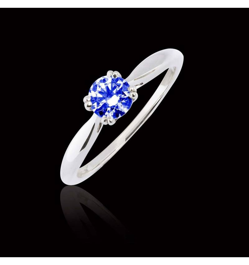 Laureen solo Blue Sapphire Ring