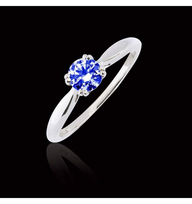 Laureen solo Blue Sapphire Ring