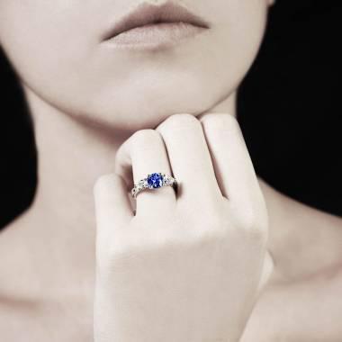 Bague saphir bleu trilogie Orestie