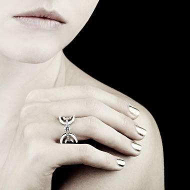 Diamond Engagement Ring White Gold Laque Corset