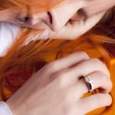 Diamond engagement ring white gold Pyramide
