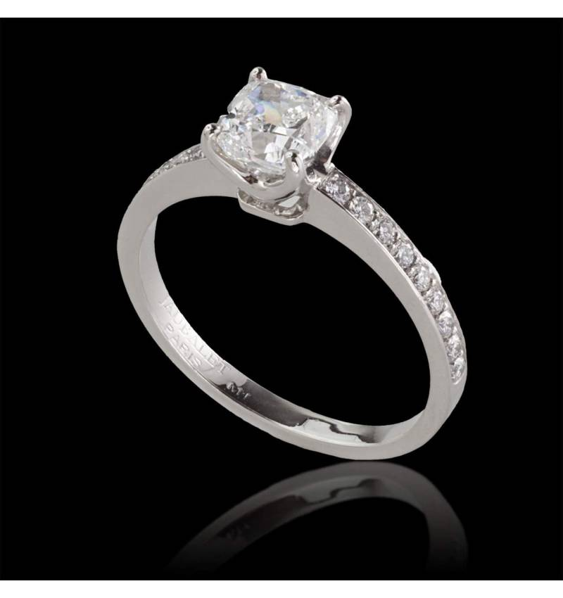 Diamond engagement ring diamond paving white gold Sandy