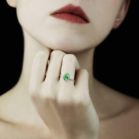 All You Need to Know About Emerald Engagement Rings